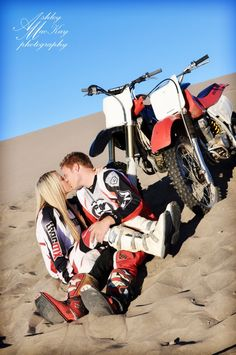 Dirt bike couple quotes pictures new ideas Dirt Bike Couple, Motocross Couple, Motocross Love, Motorcycle Couple, Dirt Bike Girl, Motocross Quotes, Motocross Wedding, Motocross Girls, Bike Photography