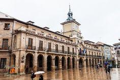 Plaza de la Constitucion o del Ayuntamiento de Oviedo, Asturias. España.