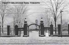 CCT0062 - Trinity College gates, Queen Street West at Strachan Avenue. Toronto, Ontario c1916.