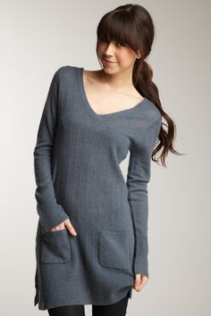 lounge wear - love long sweaters over tights - comfortable & cute Cute Sweaters, Long Sweaters, Knit Fashion, Fashion Outfits, Cashmere Sweater Dress, Lounge Wear, Style Me, Cute Outfits, Pjs