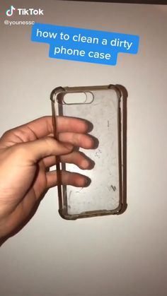 activities Clean a clear dirty phone case ideas Activities case Clean clear Clothing hacks videos dirty phone Amazing Life Hacks, Simple Life Hacks, Useful Life Hacks, Diy Crafts Hacks, Diy Home Crafts, Diy Cleaning Products, Cleaning Hacks, Cleaning Wood, Diy Phone Case