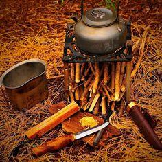 #bushcraft #wildcamping #survival #camping #camp #instanature #outdoors #adventure #hiking #forest #modernoutdoorsman #wood #woodsman #liveauthentic #modernnature #naturelover #backpacking #nature_seekers #wilderness #getoutside #campvibes #menofoutdoors #bushcrafter #natureaddict #bushcrafting #piknic #outnic