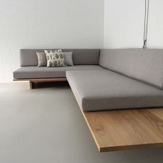 Stunning bespoke daybed relaxed seating by featuring foglinen and ameliemancini cushions Diy Sofa, Living Room Sofa Design, Living Room Designs, Sofa Furniture, Furniture Design, Furniture Dolly, Furniture Stores, Furniture Buyers, Furniture Cleaning