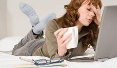 Khi ngồi máy tính nhiều  Ta phải bảo vệ và chăm sóc mắt như nào khi ngồi trước máy tính nhiều? Chi tiết: http://thuochanoi.com/benh-mat/phong-ngua-cac-van-de-ve-mat-khi-ngoi-may-tinh-nhieu.html