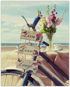 Live, love, laught..