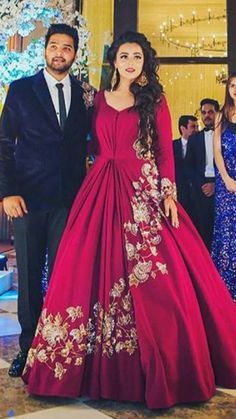 queries : nivetasfashion for custom made outfits Providing INTERNATIONAL D. Indian Wedding Gowns, Indian Gowns Dresses, Indian Bridal, Party Wear Dresses, Party Gowns, Indian Designer Outfits, Indian Outfits, Bridal Outfits, Bridal Dresses