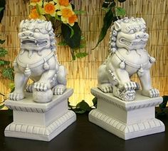 Fu Dogs Statue Pair of Garden Guardians,These mythical beasts, who resemble lions, are a ubiquitous symbol in Chinese lore.