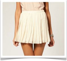 daily cup of couture: perfectly pleated Hobble Skirt, Girl Fashion, Fashion Dresses, A Line Skirts, Pleated Skirts, White Skirts, Skirt Outfits, Passion For Fashion, Glamour
