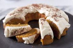 Pumpkin Apple Bundt Cake - The Kitchenthusiast http://blog.kitchenaid.com/pumpkin-apple-bundt-cake-recipe/
