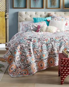Bedding Inventive Paradise Tropical Cockatoo Queen Quilt With Two Shams Beige