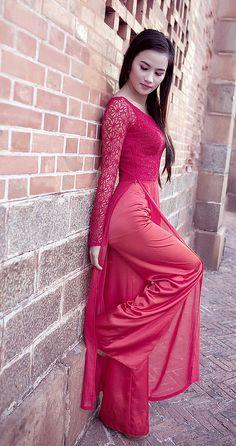Long Dress Fashion, Indian Fashion Dresses, Indian Designer Outfits, Designer Dresses, Fashion Outfits, Vietnamese Traditional Dress, Traditional Dresses, Stylish Dress Designs, Stylish Dresses