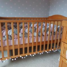 Baby Crib/Cot Braided Bumper: Hi everyone!Today I would like to share with you how to make Braided Bumper for Baby Bed, cute and trendy DIY nursery decor. Baby Cot Bumper, Baby Crib Diy, Baby Crib Bumpers, Baby Cribs, Diy Nursery Decor, Nursery Bedding, Nursery Ideas, Crib Bumper Tutorial, Crib Accessories