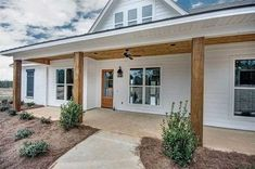 Plan One Level Country House Plan – Farmhouse Plans House Plans One Story, Barn House Plans, Country House Plans, Country Style Homes, Country Houses, Simple Ranch House Plans, Metal House Plans, Story House, Modern Country