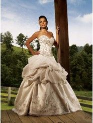 Organza Sweetheart Embroidered Bodice Ball Gown Wedding Dress