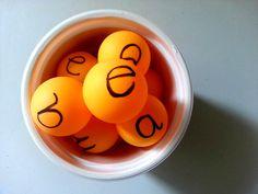Pelotas de ping pong para las vocales. Food, Youtube, Teaching Vowels, Note Cards, Activities, Preschool, Essen, Meals, Yemek