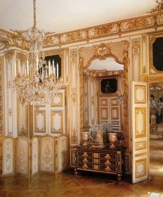 Boiseries in the Private apartments of King Louis XV at Versailles. The suite… Louis Xiv Versailles, Chateau Versailles, Palace Of Versailles, Palaces, B Architecture, French Royalty, Fontainebleau, French Chateau, French Interior