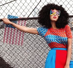 Solange blends style!
