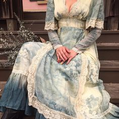 Funky Outfits, Vintage Outfits, Vintage Fashion, Farm Fashion, Vintage Gowns, Vintage Skirt, Modern Vintage Clothes, Funky Clothing, Belle Dress