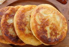 Znów ugotowało się za dużo ziemniaków? Zrób z nich placki żmudzkie. Proste, tanie i smaczne. Spróbujesz raz, będziesz robił częściej! Pancakes, Menu, Bread, Breakfast, Recipes, Food, Kuchen, Essen, Recipies