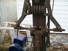 DIY power hammers – gonza-rytec – album na Rajčeti Power Hammer, Hearths, Blacksmith Projects, Blacksmithing, Garden Tools, Knives, Workshop, Guns, Iron