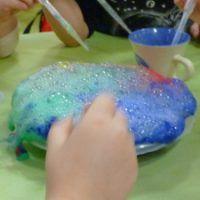 Zábavný pokus pre deti - záhada šumiaceho ľadu - Nasedeticky.sk Pudding, Desserts, Food, Tailgate Desserts, Deserts, Custard Pudding, Essen, Puddings, Postres