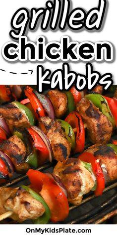 Marinated Chicken Kabobs, Chicken Kabob Recipes, Grilling Recipes, Cooking Recipes, Chicken Skewers In Oven, Grilled Chicken Fajitas, Kebab Recipes, Chicken Meals, Baked Chicken