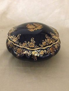 IMPERIAL LIMOGES COBALT BLUE ROUND TRINKET BOX 22K GOLD PROPOSAL COUPLE IMPERIA (11/25/2013)