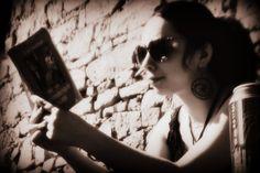 ce citesc bloggeri Sunglasses, Sunnies, Shades, Eyeglasses, Glasses