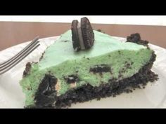 Grasshopper pie makes a fun St. Patrick's Day dessert recipe. Visit http://www.theironchefmom.com for more fun recipes like this one.    Grasshopper pie is one of those retro recipes that harkens back to the 1950s and '60s. It is normally made with creme de menthe, but for this family friendly version, I use peppermint extract and green food col...