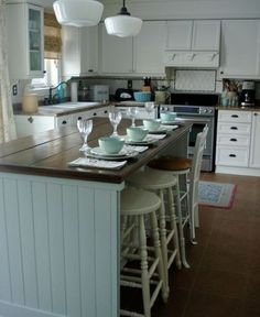 Love this island! Fabulous Kitchen Island Designs