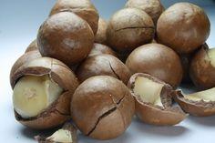 How to Honey Roast Macadamia Nuts