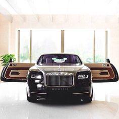 27 Luxury Car Rolls Royce (Must Watch) Auto Rolls Royce, Voiture Rolls Royce, Rolls Royce Motor Cars, Rolls Royce Wraith, Maserati, Bugatti, Ferrari F40, Lamborghini Gallardo, My Dream Car