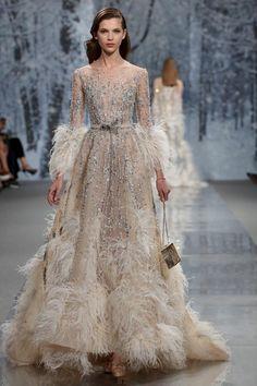 Formal Gowns, Haute Couture Dresses, Elie Saab Couture, Haute Couture Fashion, Winter 2017, Fall Winter, Designer Dresses, Nice Dresses, Prom Dresses