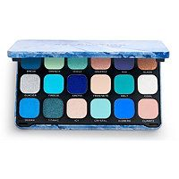 Meet Makeup Revolution's coolest palette yet, Forever Flawless Ice. This frosty palette is guaranteed to make you melt. Featuring 18 icy eyeshadow shades to ent-ice you. Blue Eyeshadow Palette, Turquoise Eyeshadow, Cream Eyeshadow, Makeup Palette, Eyeshadow Ideas, Revolution Eyeshadow, Makeup Revolution, Revolution Palette, Colourpop Eyeshadow