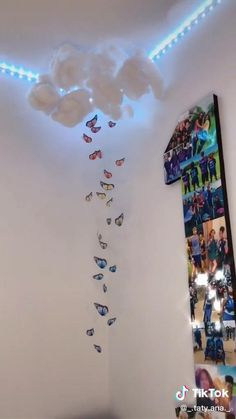 Easy Diy Room Decor, Cute Room Decor, Room Wall Decor, Diy Wall Decor, Diy Bedroom Decor, Diy Room Decor Videos, Cloud Decoration, Indie Room, Butterfly Room