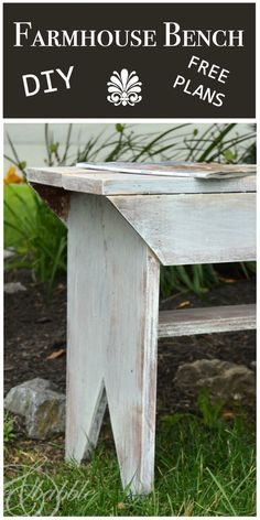 DIY Farmhouse Bench with free build plans from Create and Babble (Diy Furniture Farmhouse)