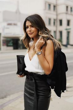 Party Looks | Feest | Party | Going Out | Outfit | Look | Glam | Casual | White | Witte | Blouse |  Top | Leather | Leren | Rok | Skirt | Jacket | Jasje | Clutch | Envelope | Bag | Tas | Inspiration | More On Fashionchick