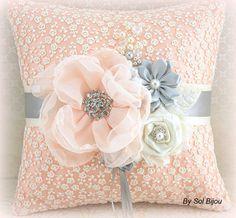 Ring Bearer Pillow Wedding Bridal Ivory Cream Peach von SolBijou