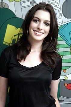 Anne Hathaway Fan Blog