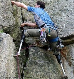 717787cfdb76 Double amputee climber scales cliff with bionic legs