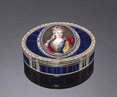 A GERMAN OR SWISS JEWELLED ENAMELLED GOLD SNUFF-BOX SET WITH A LATER MINIATURE | HANAU OR GENEVA, CIRCA 1780/1790, WITH TWO FRENCH POST-1838 RESTRICTED WARRANTY MARKS FOR GOLD, THE ENAMEL MINIATURE NINETEENTH CENTURY | snuff-box, All other categories of objects | Christie's