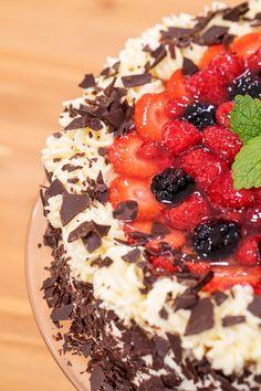 Dessert Recipes, Desserts, Acai Bowl, Breakfast, Cake, Food, Acai Berry Bowl, Morning Coffee, Pie Cake