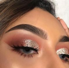 Make up Rosa Lidschatten-Palette Makeup Eye Looks, Cute Makeup, Glam Makeup, Pretty Makeup, Skin Makeup, Eyeshadow Makeup, Beauty Makeup, Eyeshadow Palette, Pink Eyeshadow