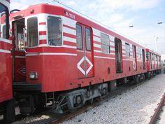 Madrid, Ferrocarriles y Transportes Urbanos: Inventario del material móvil del metro de Madrid. Los coches 1000 (III). La tercera serie. Los coches remolques.