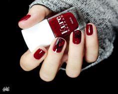 Kure Bazaar Chérie - perfect fall deep red