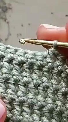 Crochet Simple, Easy Crochet Stitches, Crochet Stitches For Beginners, Crochet Diy, Crochet Videos, Crochet Basics, Crochet Crafts, Crochet Projects, Double Crochet