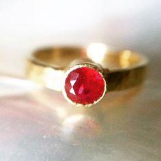 Custom version of Diadem Ring ...Red Red Ruby ❤️ #HappyValentinesDay friends. Hope you felt #loved ❤️ 1/2ct Ruby 18k Royal Yellow Gold Hammered Band  #melissatysondesigns #lux #alternativebridal #customwedding