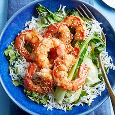 Loaded with bok choy, garlic and sesame seeds, this sesame shrimp stir-fry recipe is a healthy and no-fuss weeknight dinner. Try it today! Stir Fry Recipes, Cooking Recipes, Healthy Cooking, Chatelaine Recipes, Sesame Shrimp, Easy Summer Dinners, Healthy Dinners, Shrimp Stir Fry, Easy Dinner Recipes