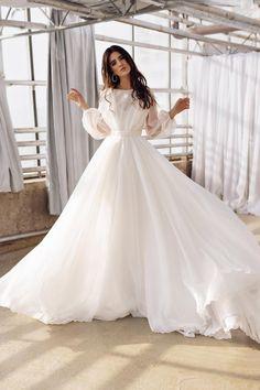 Organza Bridal, Wedding Dress Organza, Wedding Dress Sleeves, Bridal Gowns, Bridal Corset, Silk Organza, Long Gown With Sleeves, Long Sleeved Dress, Long Sleeve White Gown