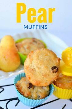 Looking for yummy muffin recipes for kids? Check out our yummy pear muffin recipe! Kids of all ages will dive into these yummy muffins! Perfect for snacks, lunch boxes and more! Donut Recipes, Muffin Recipes, Baby Food Recipes, Pear Recipes For Toddlers, Easy Recipes, Bread Recipes, Fun Desserts, Delicious Desserts, Dessert Recipes